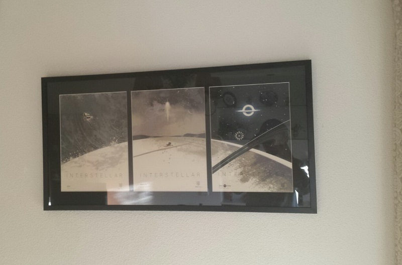 Como enmarcar un poster en casa foto de archivo cocina de - Como enmarcar un poster en casa ...